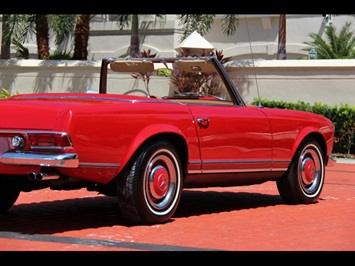 1966 Mercedes-Benz 230SL 230SL Pagoda - Photo 14 - North Miami, FL 33181