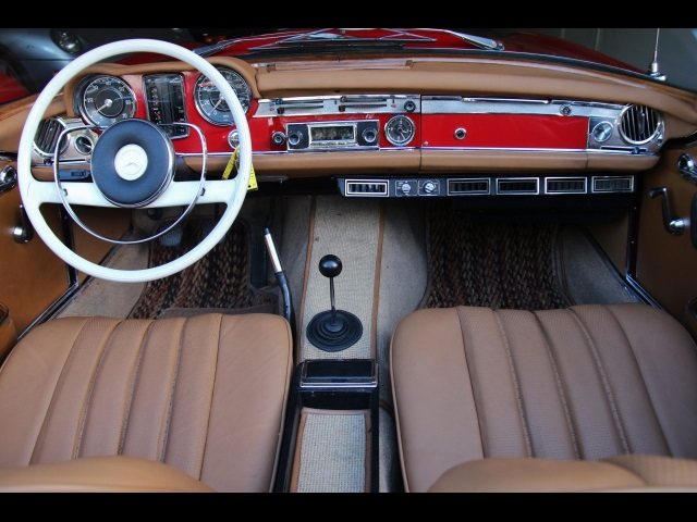 1966 Mercedes-Benz 230SL 230SL Pagoda - Photo 20 - North Miami, FL 33181