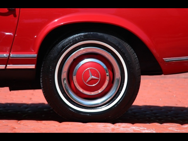 1966 Mercedes-Benz 230SL 230SL Pagoda - Photo 40 - North Miami, FL 33181