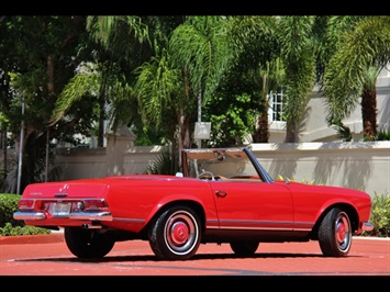1966 Mercedes-Benz 230SL 230SL Pagoda - Photo 5 - North Miami, FL 33181