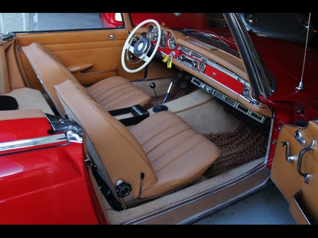 1966 Mercedes-Benz 230SL 230SL Pagoda - Photo 18 - North Miami, FL 33181