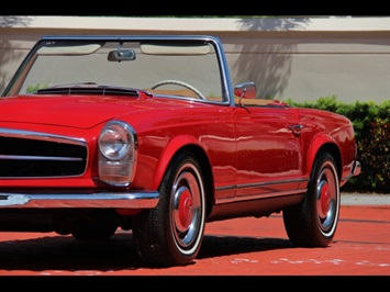 1966 Mercedes-Benz 230SL 230SL Pagoda - Photo 12 - North Miami, FL 33181