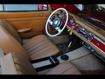 1966 Mercedes-Benz 230SL 230SL Pagoda - Photo 2 - North Miami, FL 33181