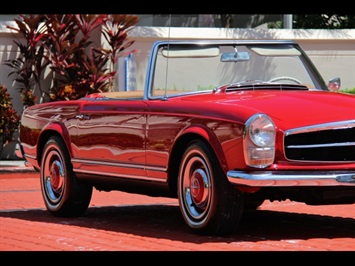 1966 Mercedes-Benz 230SL 230SL Pagoda - Photo 11 - North Miami, FL 33181