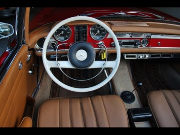 1966 Mercedes-Benz 230SL 230SL Pagoda - Photo 19 - North Miami, FL 33181
