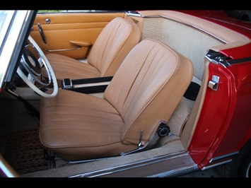 1966 Mercedes-Benz 230SL 230SL Pagoda - Photo 16 - North Miami, FL 33181