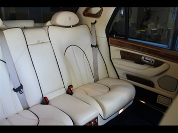 2002 Rolls-Royce Silver Seraph Last of the Line $539 MO PPI APPROVED SERVICED - Photo 21 - North Miami, FL 33181