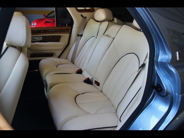 2002 Rolls-Royce Silver Seraph Last of the Line $539 MO PPI APPROVED SERVICED - Photo 19 - North Miami, FL 33181