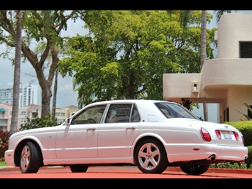 2004 Bentley Arnage T - Photo 3 - North Miami, FL 33181