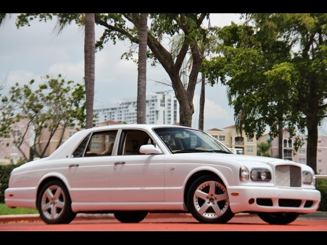 2004 Bentley Arnage T - Photo 1 - North Miami, FL 33181