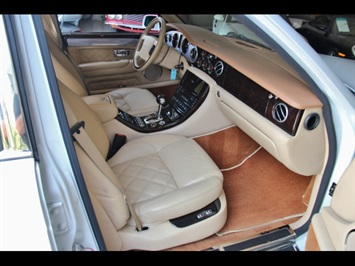 2004 Bentley Arnage T - Photo 22 - North Miami, FL 33181