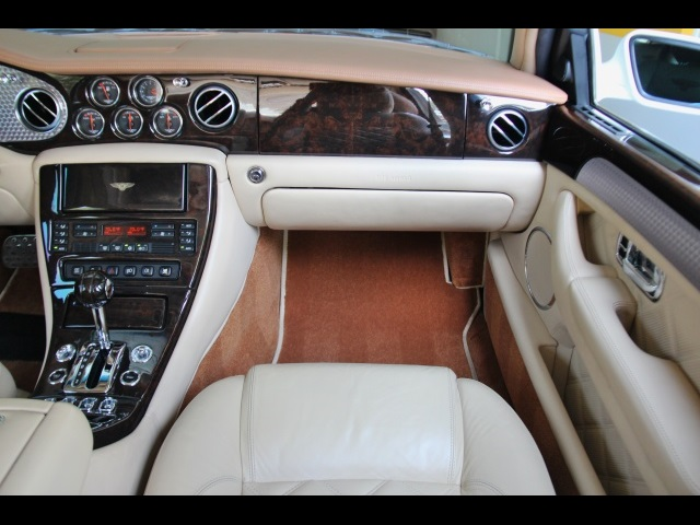 2004 Bentley Arnage T - Photo 25 - North Miami, FL 33181