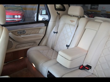 2004 Bentley Arnage T - Photo 17 - North Miami, FL 33181