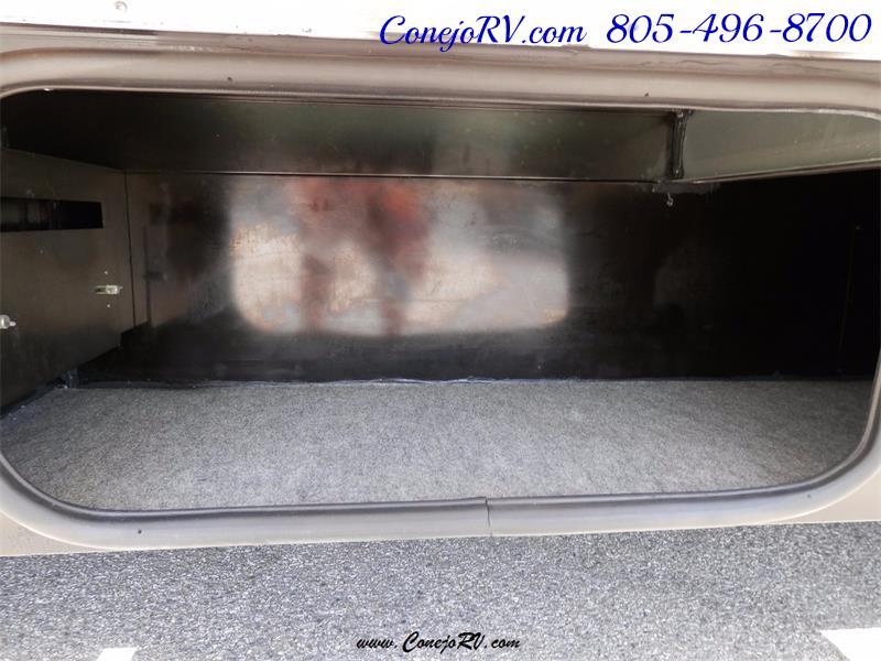 2010 Itasca Reyo 25R Full Wall Slide Full Body Paint Diesel - Photo 31 - Thousand Oaks, CA 91360