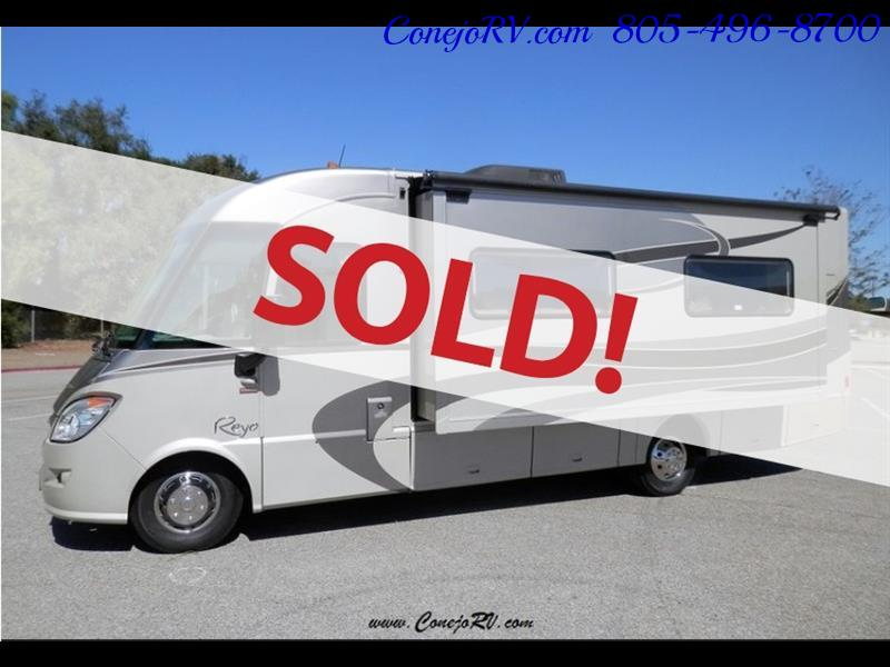 2010 Itasca Reyo 25R Full Wall Slide Full Body Paint Diesel - Photo 1 - Thousand Oaks, CA 91360