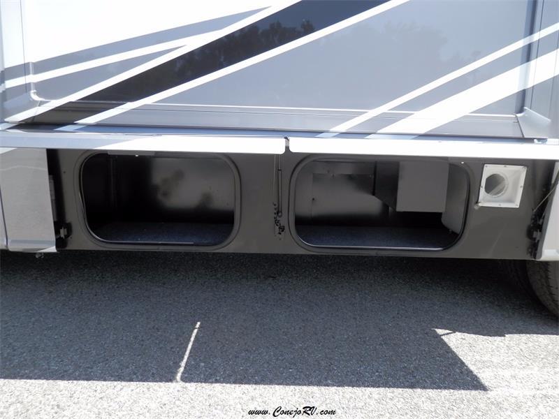 2017 Winnebago Itasca Navion 24G 2-Slides Full Body Paint Diesel - Photo 34 - Thousand Oaks, CA 91360