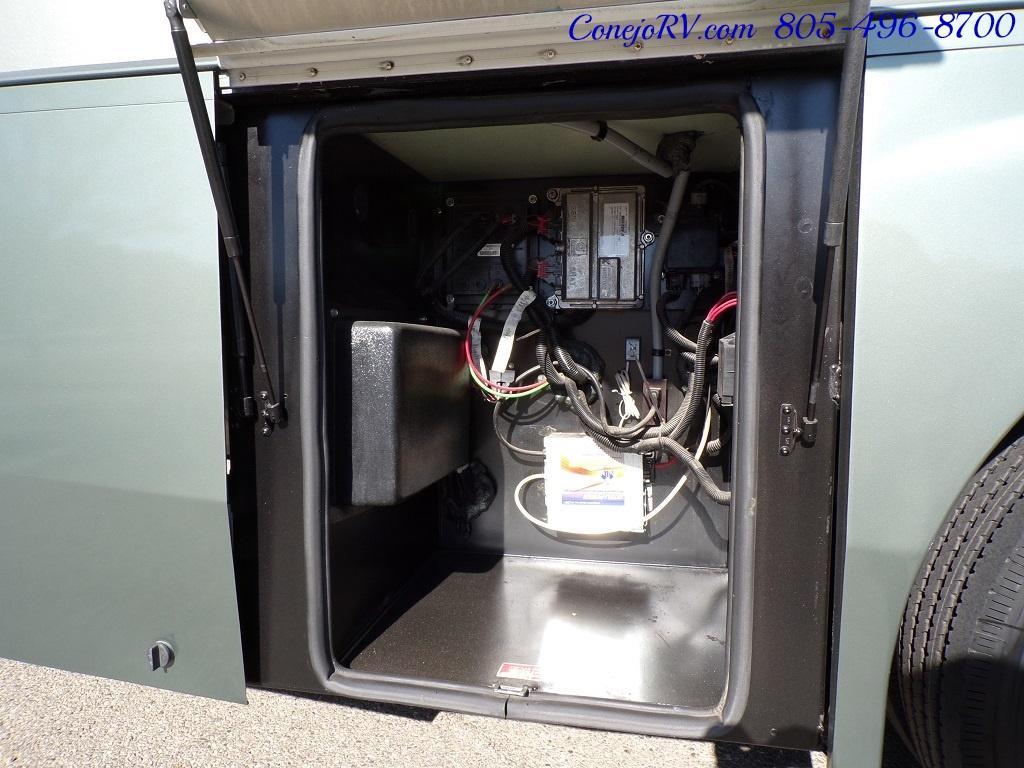 2004 Coachmen Cross Country 354 MBS Single Slide Diesel 34K MLS - Photo 30 - Thousand Oaks, CA 91360