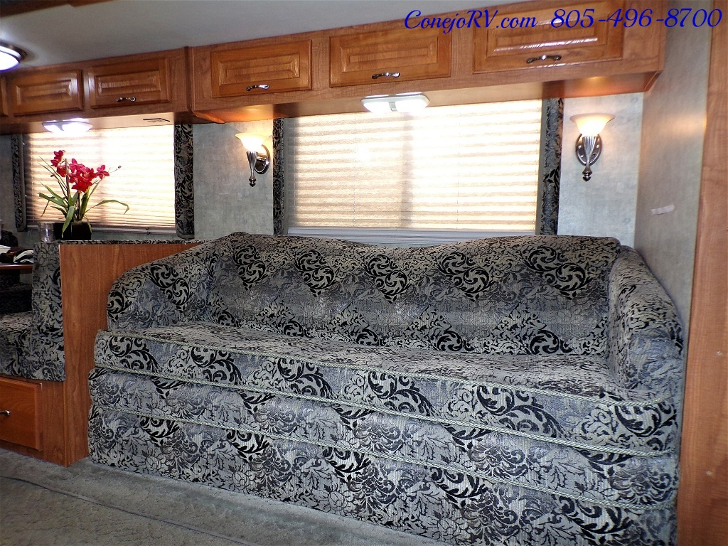 2004 Coachmen Cross Country 354 MBS Single Slide Diesel 34K MLS - Photo 8 - Thousand Oaks, CA 91360
