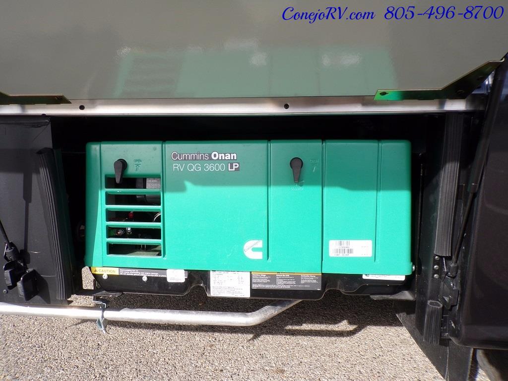 2018 Winnebago Navion 24V Slide-Out Full Body Paint Turbo Diesel - Photo 35 - Thousand Oaks, CA 91360