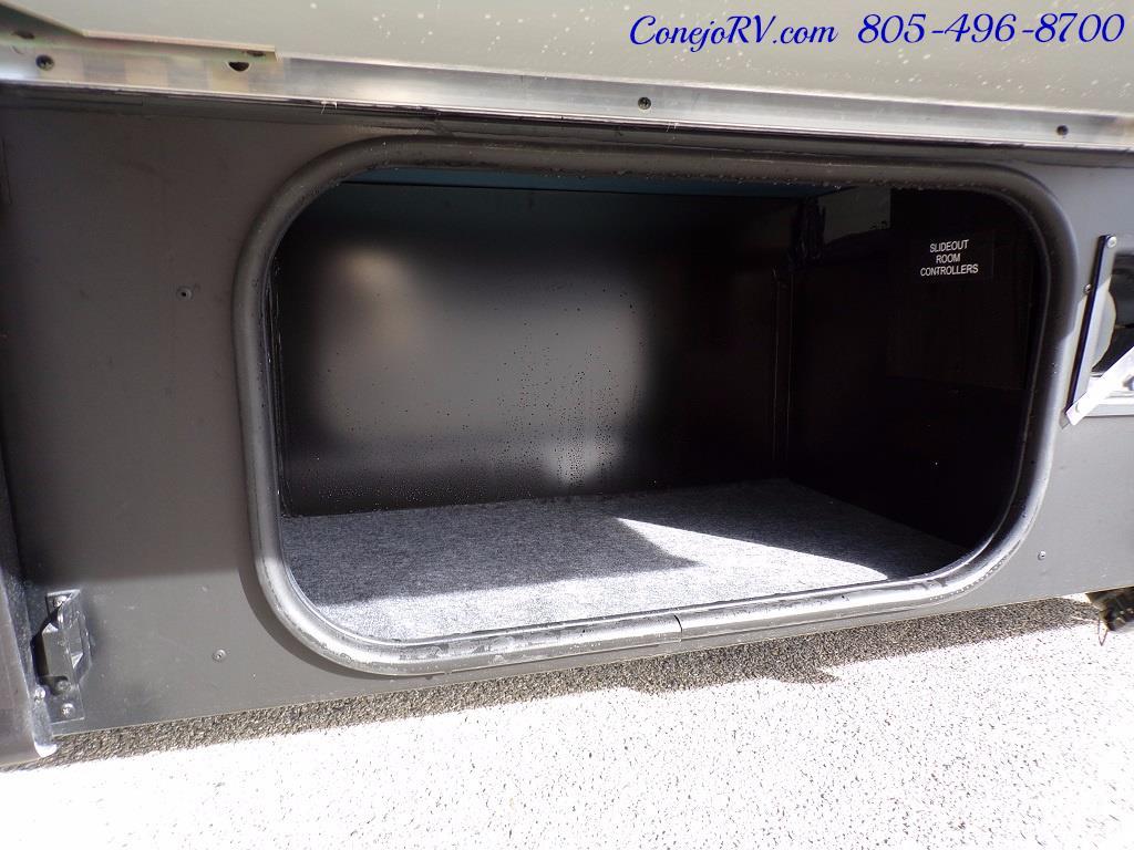 2018 Winnebago Navion 24V Slide-Out Full Body Paint Turbo Diesel - Photo 39 - Thousand Oaks, CA 91360