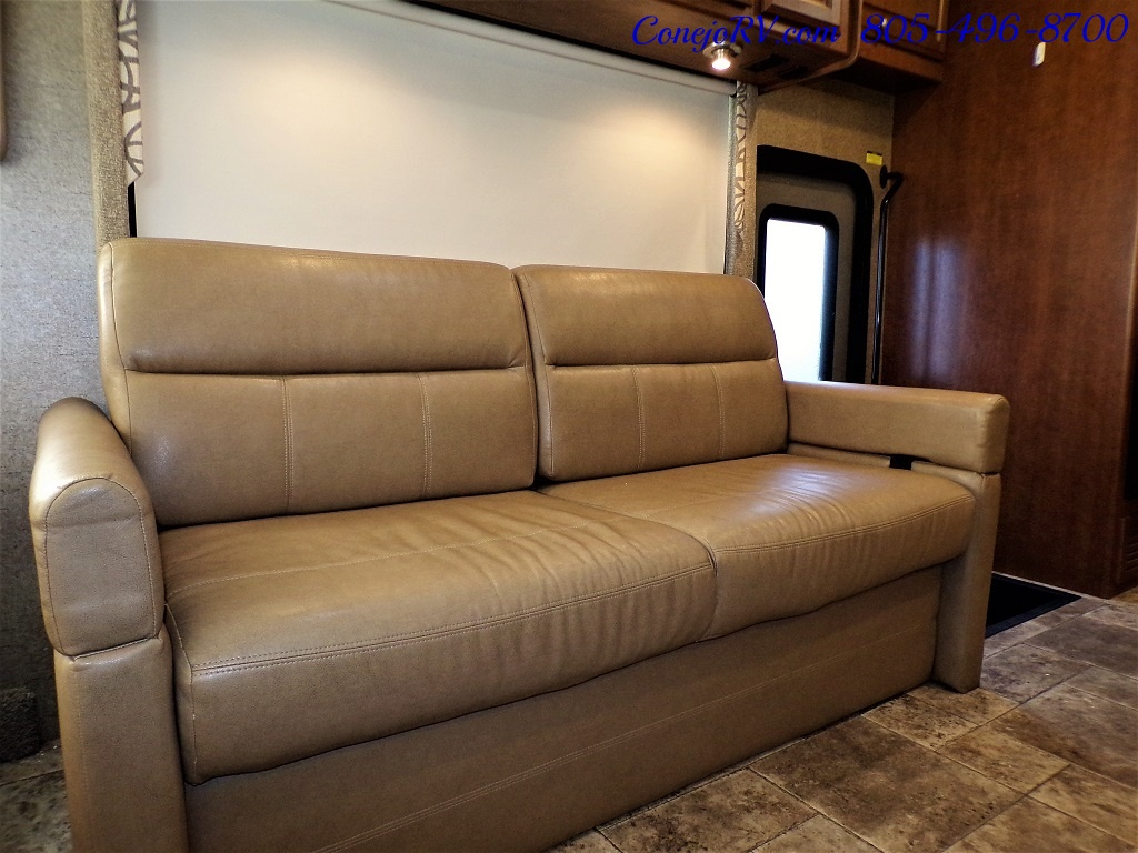 2014 Thor Palazzo 33.3 Double Slide Outs Bunkhouse Diesel - Photo 13 - Thousand Oaks, CA 91360