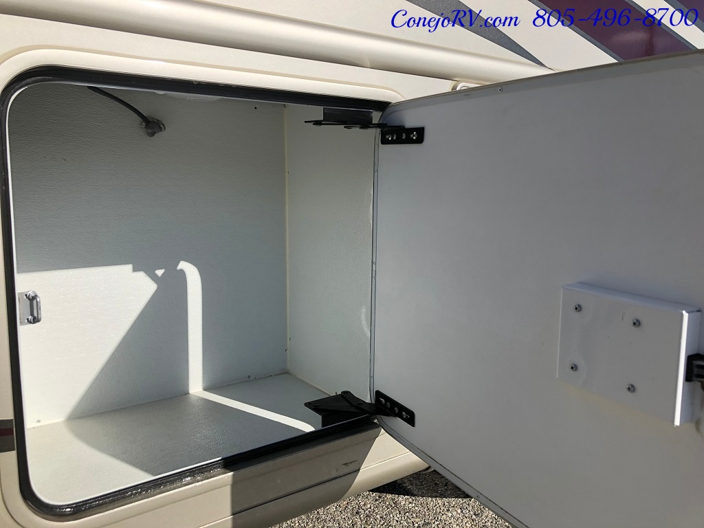 2014 Thor Palazzo 33.3 Double Slide Outs Bunkhouse Diesel - Photo 33 - Thousand Oaks, CA 91360