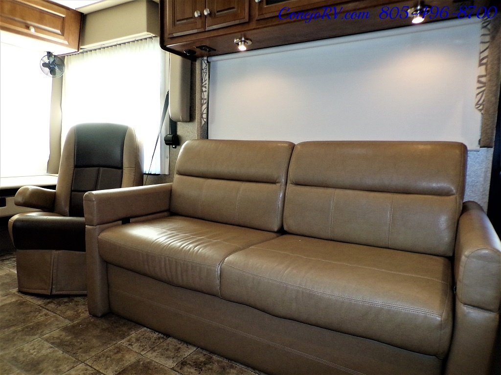 2014 Thor Palazzo 33.3 Double Slide Outs Bunkhouse Diesel - Photo 14 - Thousand Oaks, CA 91360