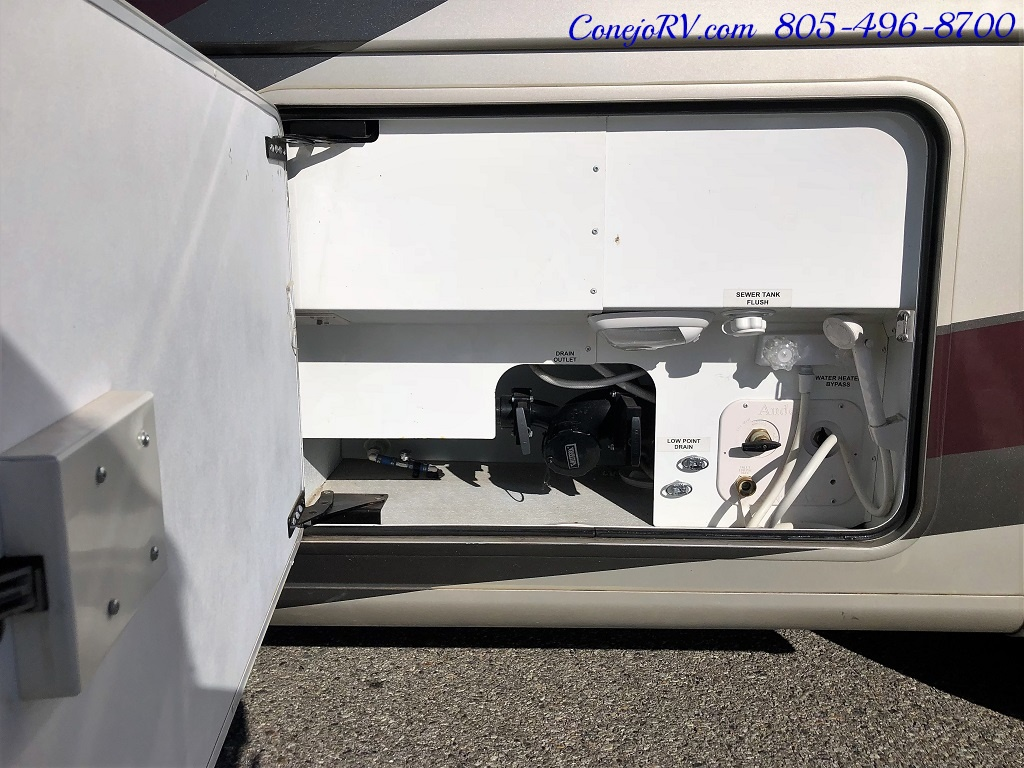 2014 Thor Palazzo 33.3 Double Slide Outs Bunkhouse Diesel - Photo 39 - Thousand Oaks, CA 91360