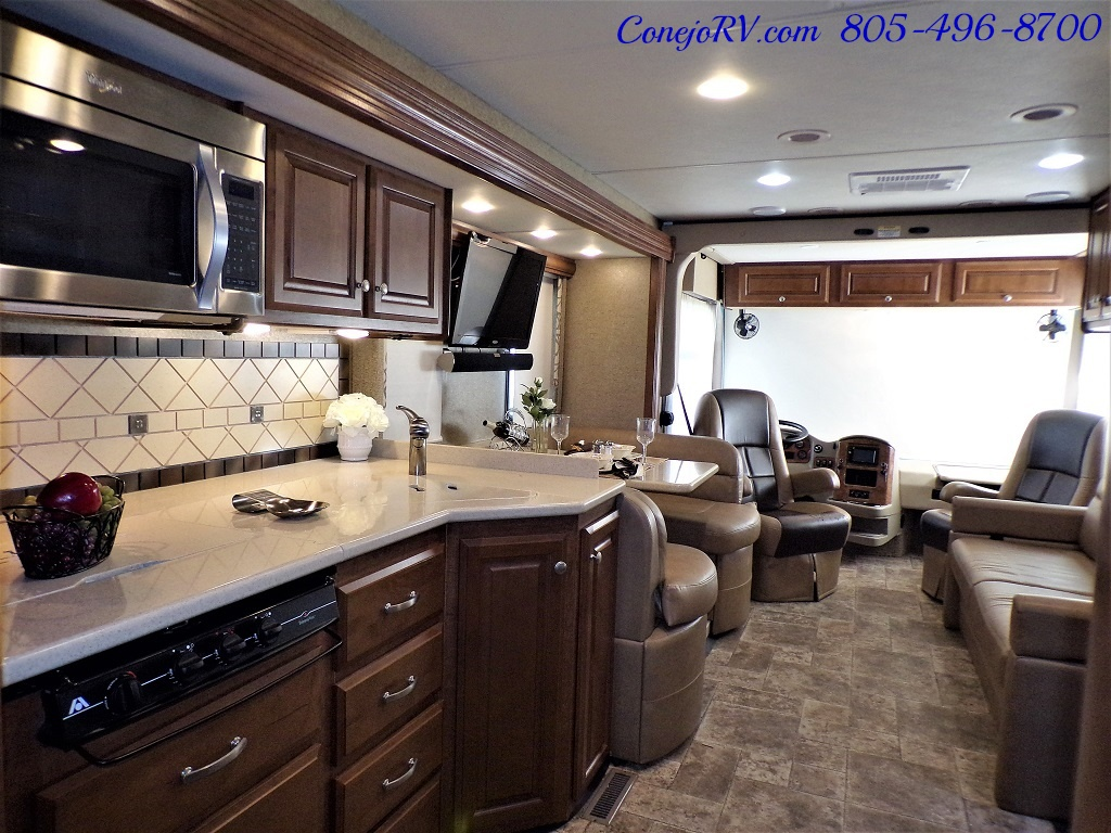 2014 Thor Palazzo 33.3 Double Slide Outs Bunkhouse Diesel - Photo 26 - Thousand Oaks, CA 91360