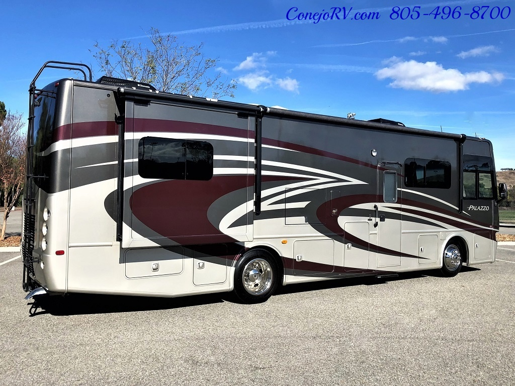2014 Thor Palazzo 33.3 Double Slide Outs Bunkhouse Diesel - Photo 4 - Thousand Oaks, CA 91360