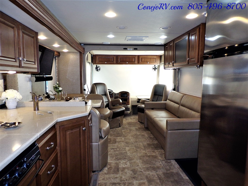 2014 Thor Palazzo 33.3 Double Slide Outs Bunkhouse Diesel - Photo 25 - Thousand Oaks, CA 91360
