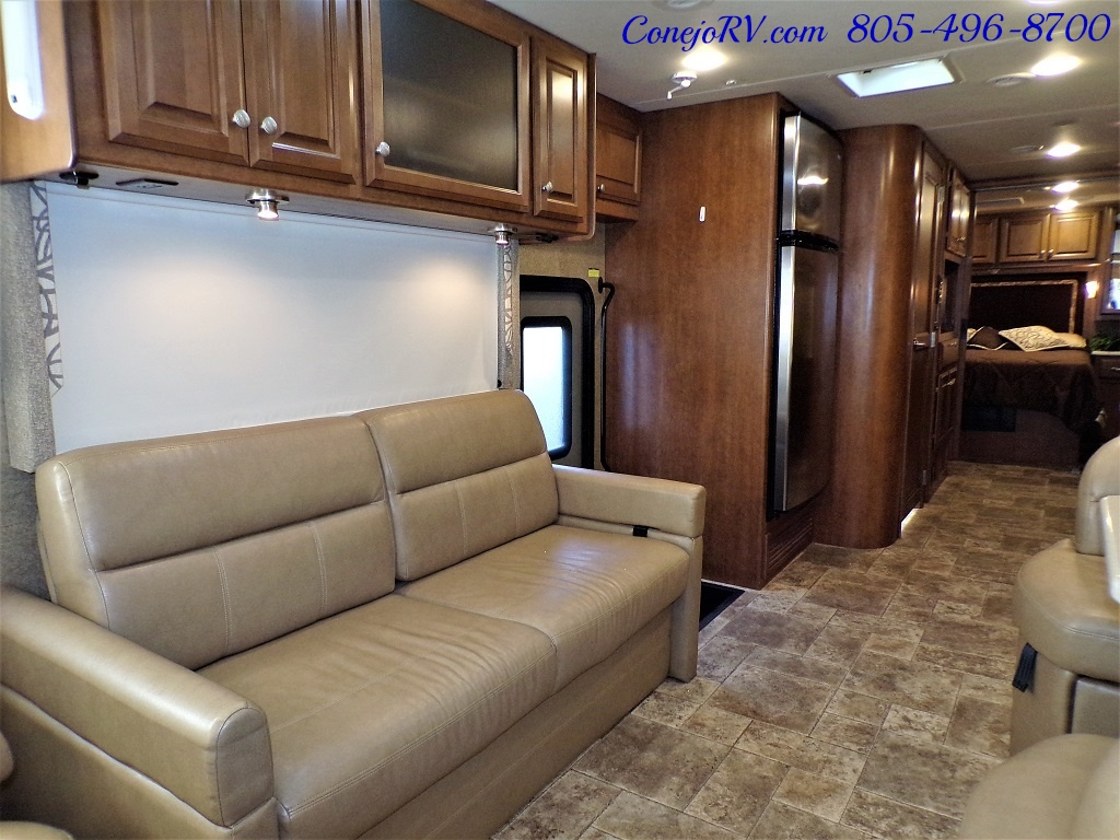 2014 Thor Palazzo 33.3 Double Slide Outs Bunkhouse Diesel - Photo 7 - Thousand Oaks, CA 91360