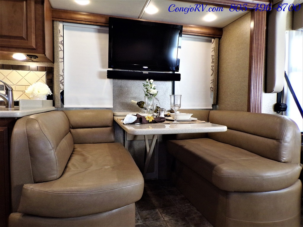 2014 Thor Palazzo 33.3 Double Slide Outs Bunkhouse Diesel - Photo 9 - Thousand Oaks, CA 91360