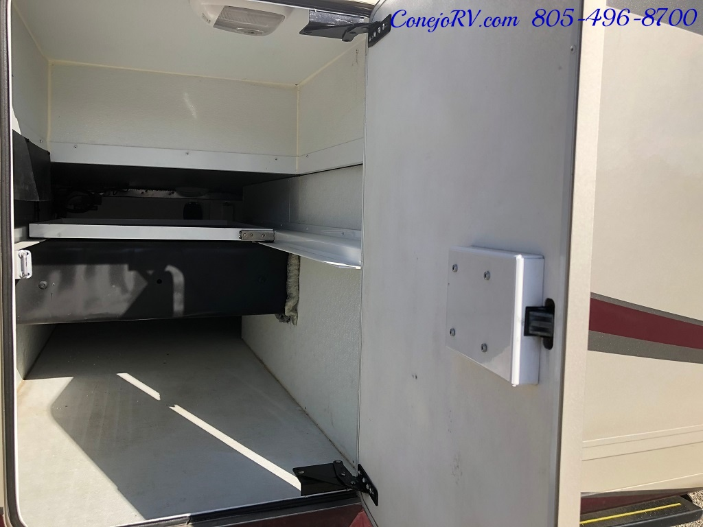 2014 Thor Palazzo 33.3 Double Slide Outs Bunkhouse Diesel - Photo 34 - Thousand Oaks, CA 91360