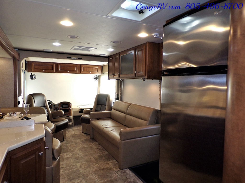 2014 Thor Palazzo 33.3 Double Slide Outs Bunkhouse Diesel - Photo 27 - Thousand Oaks, CA 91360