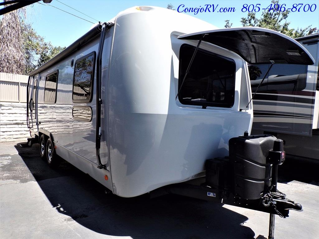 2013 Keystone Vantage 25RBS Travel Trailer - Photo 3 - Thousand Oaks, CA 91360