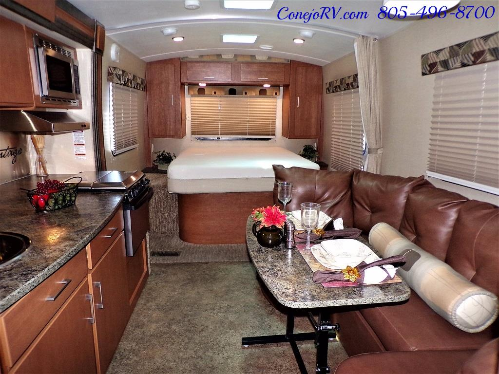 2013 Keystone Vantage 25RBS Travel Trailer - Photo 5 - Thousand Oaks, CA 91360