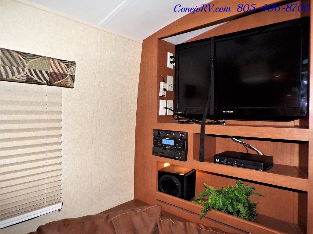 2013 Keystone Vantage 25RBS Travel Trailer - Photo 10 - Thousand Oaks, CA 91360