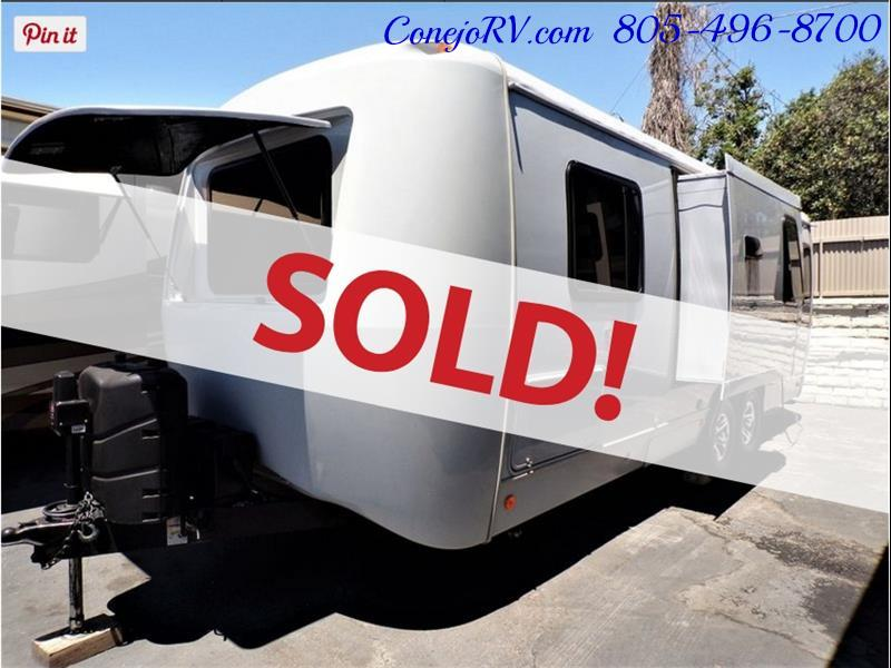 2013 Keystone Vantage 25RBS Travel Trailer - Photo 1 - Thousand Oaks, CA 91360