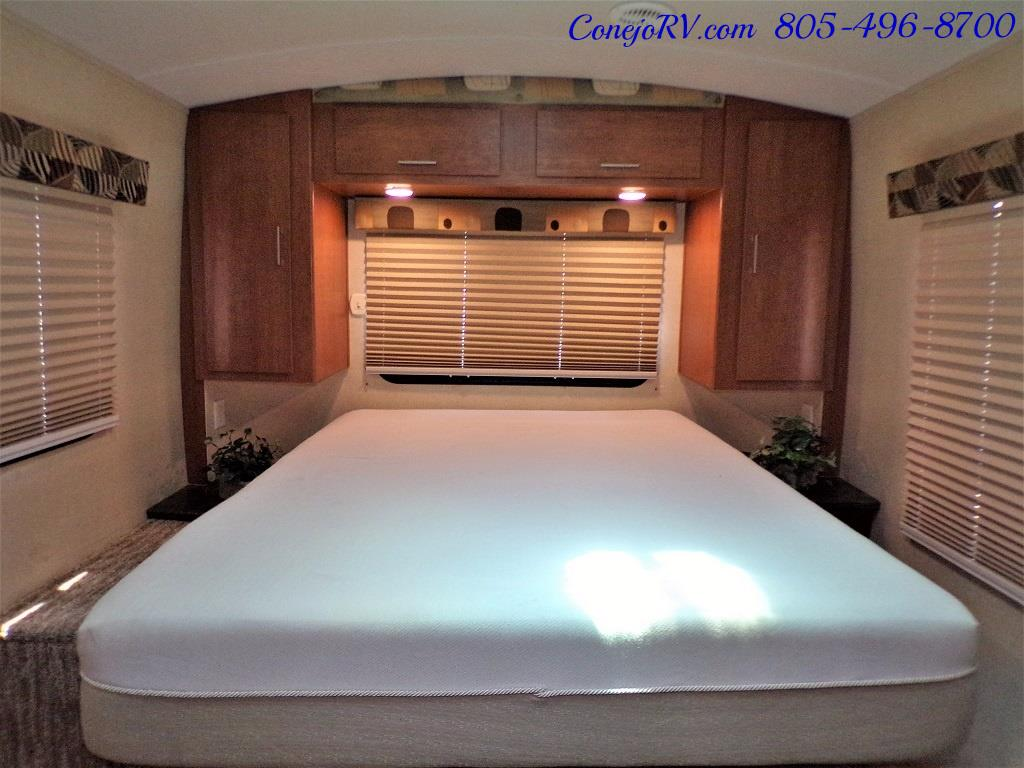 2013 Keystone Vantage 25RBS Travel Trailer - Photo 19 - Thousand Oaks, CA 91360