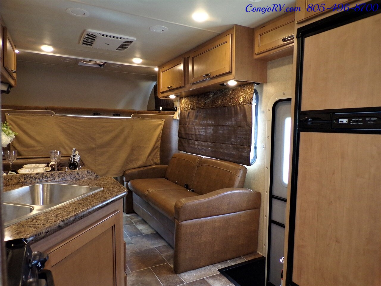 2017 Thor Four Winds 28A E-450 Cab Over Loft Bed for sale in
