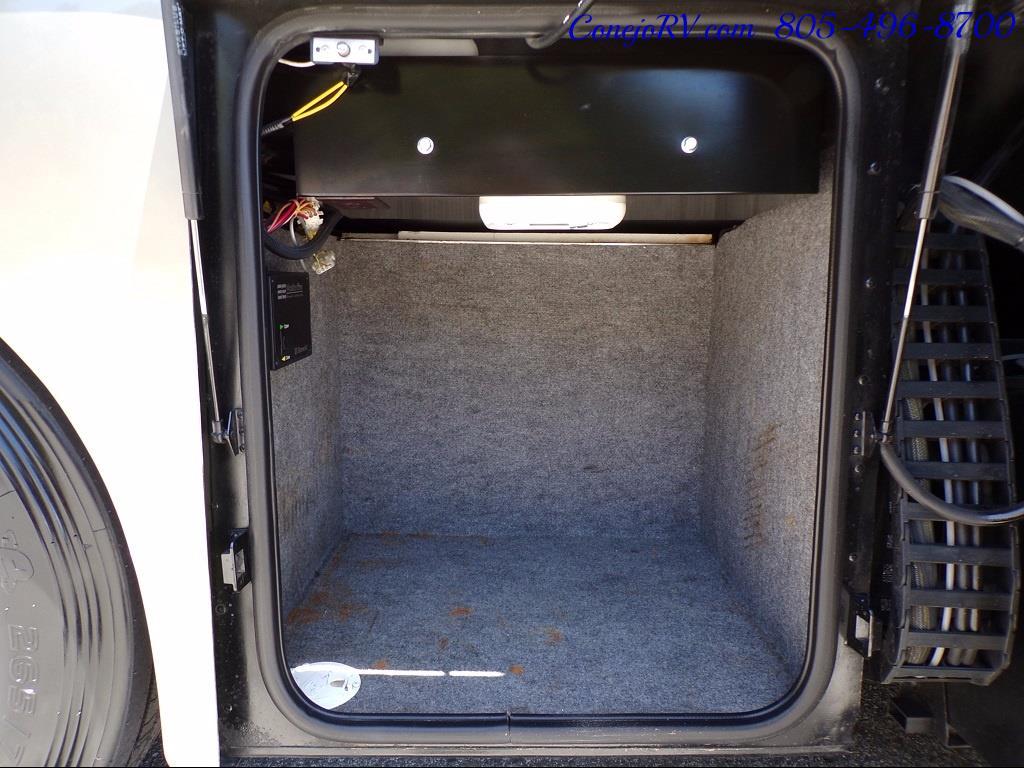 2005 Winnebago Vectra 36D Quad-Slide Full Body Paint 350hp - Photo 39 - Thousand Oaks, CA 91360
