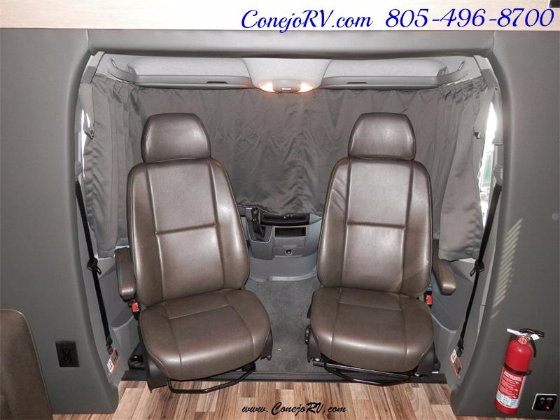 2016 Renegade RV Villagio LE 25RBS Slide-Out Full Body Paint Diesel - Photo 19 - Thousand Oaks, CA 91360