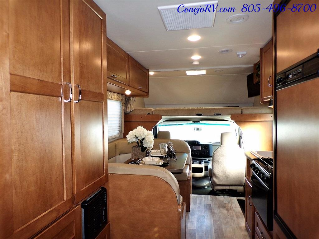 2017 Winnebago Minnie 22R Ford E-450 - Photo 21 - Thousand Oaks, CA 91360