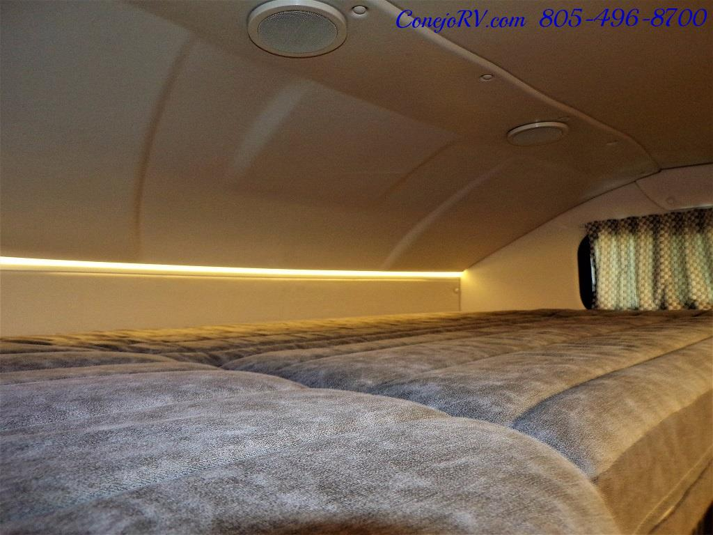 2018 Winnebago Navion 24D Full Wall Slide-Out Mercedes Turbo DSL - Photo 29 - Thousand Oaks, CA 91360