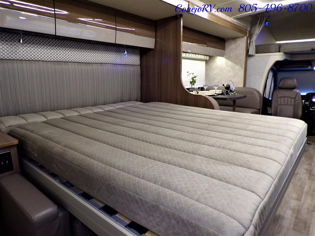 2018 Winnebago Navion 24D Full Wall Slide-Out Mercedes Turbo DSL - Photo 33 - Thousand Oaks, CA 91360