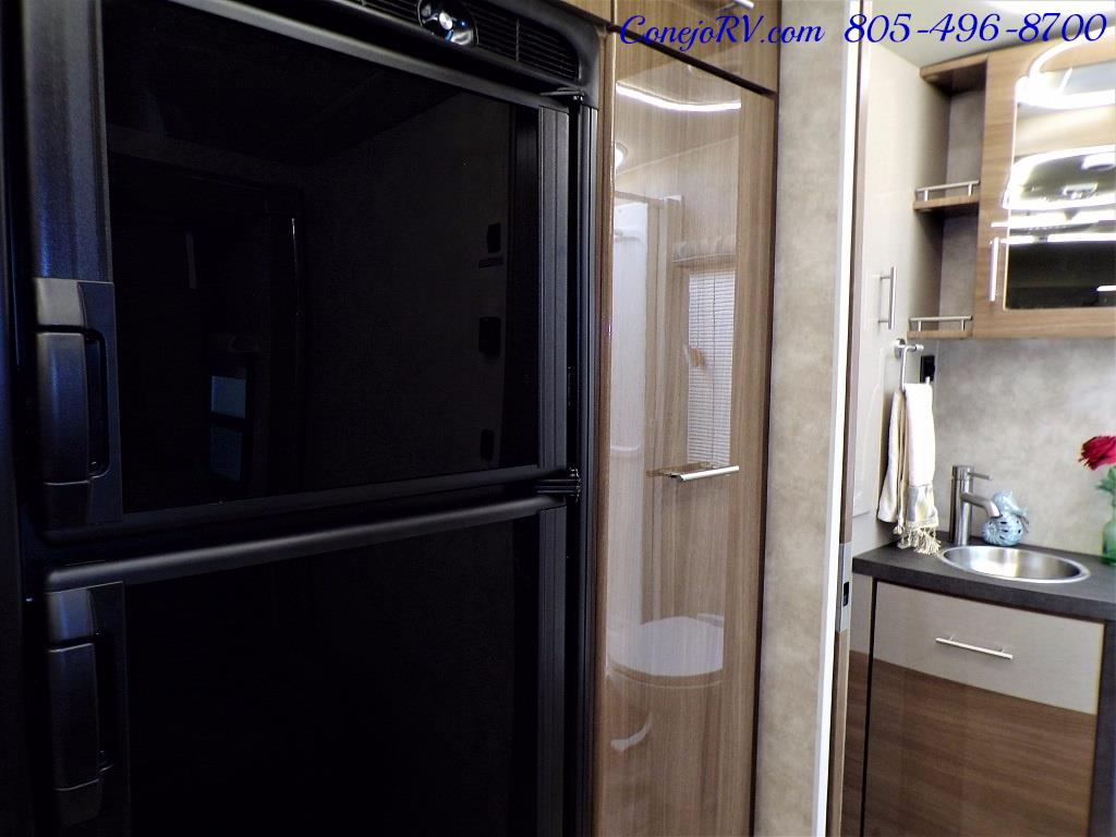 2018 Winnebago Navion 24D Full Wall Slide-Out Mercedes Turbo DSL - Photo 16 - Thousand Oaks, CA 91360