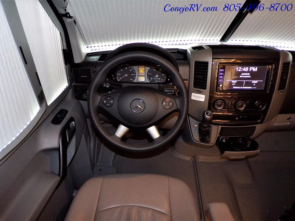 2018 Winnebago Navion 24D Full Wall Slide-Out Mercedes Turbo DSL - Photo 35 - Thousand Oaks, CA 91360