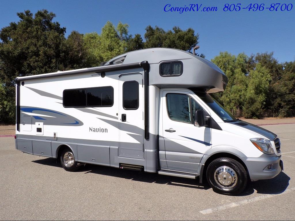 2018 Winnebago Navion 24D Full Wall Slide-Out Mercedes Turbo DSL - Photo 5 - Thousand Oaks, CA 91360