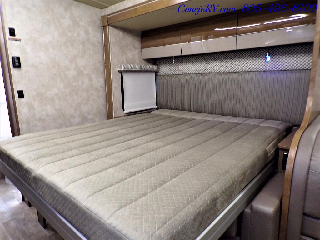 2018 Winnebago Navion 24D Full Wall Slide-Out Mercedes Turbo DSL - Photo 32 - Thousand Oaks, CA 91360